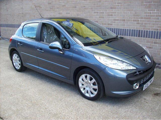 used peugeot 207 2007 diesel 1 6 hdi se premium hatchback. Black Bedroom Furniture Sets. Home Design Ideas
