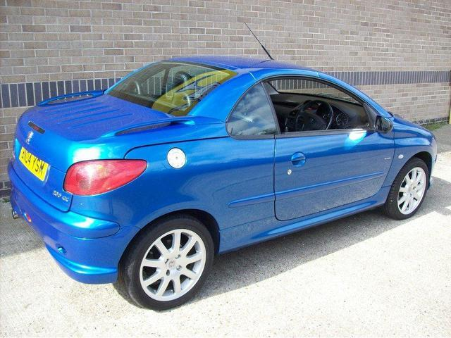 used peugeot 206 2004 petrol 2 0 se 2dr convertible blue manual for sale in norwich uk autopazar. Black Bedroom Furniture Sets. Home Design Ideas