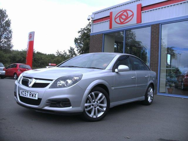 Used Vauxhall Vectra 1.8i Vvt Sri 5 Door  Silver 2007 for Sale in UK
