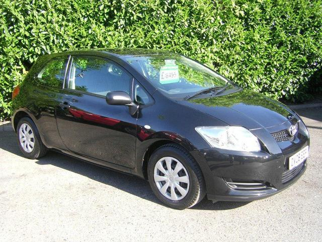 used toyota auris 2008 diesel 1 4 d 4d t2 3dr hatchback. Black Bedroom Furniture Sets. Home Design Ideas