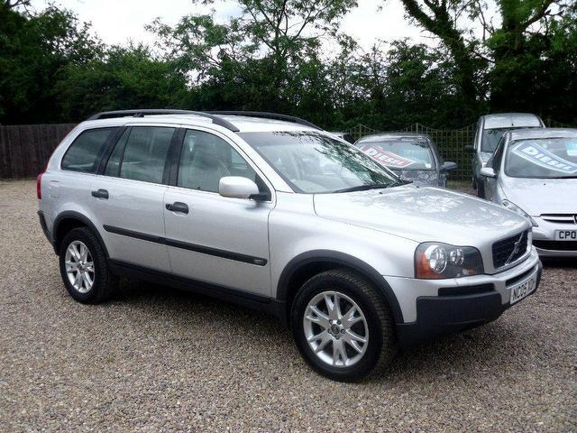 used volvo xc90 2005 diesel 2 4 d5 se 5dr 4x4 silver. Black Bedroom Furniture Sets. Home Design Ideas