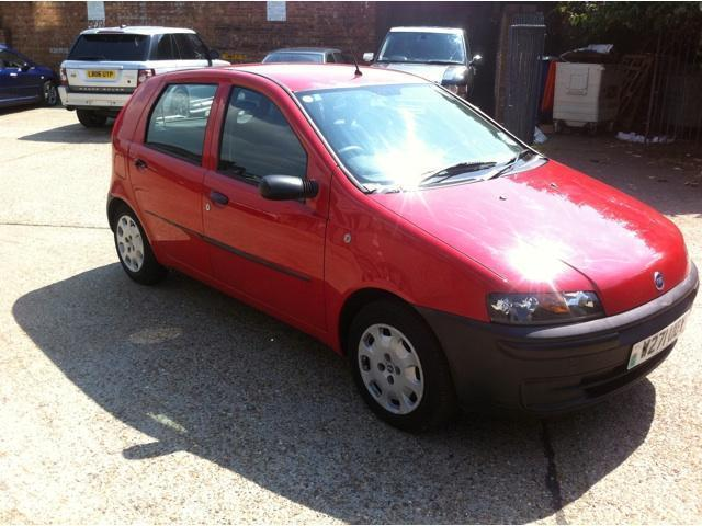 used fiat punto 2000 petrol 1 2 5dr hatchback red manual for sale in brentford uk autopazar. Black Bedroom Furniture Sets. Home Design Ideas