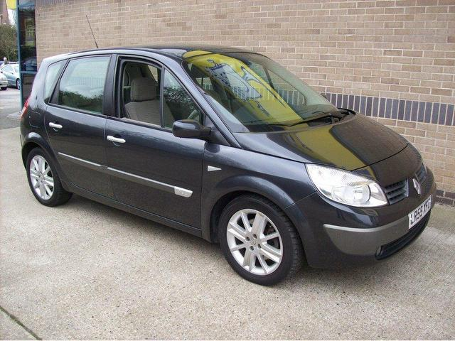 used renault megane 2005 diesel scenic 1 9 dci 130 estate grey manual for sale in norwich uk. Black Bedroom Furniture Sets. Home Design Ideas