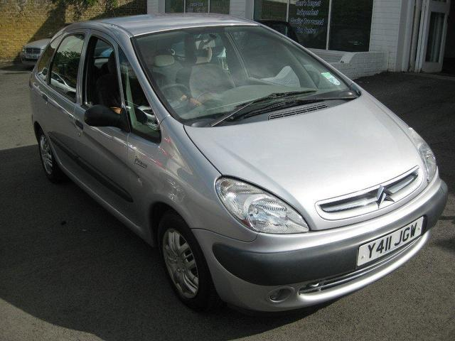 used citroen xsara 2001 petrol picasso 16v sx estate. Black Bedroom Furniture Sets. Home Design Ideas