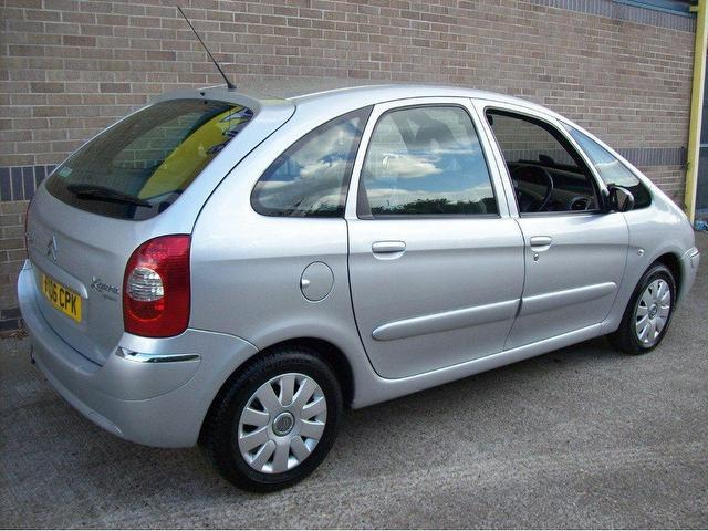 used citroen xsara 2006 diesel picasso 1 6 hdi exclusive estate silver manual for sale in. Black Bedroom Furniture Sets. Home Design Ideas