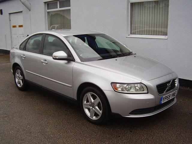 used volvo s40 2009 diesel 2.0d s 4dr saloon silver manual for