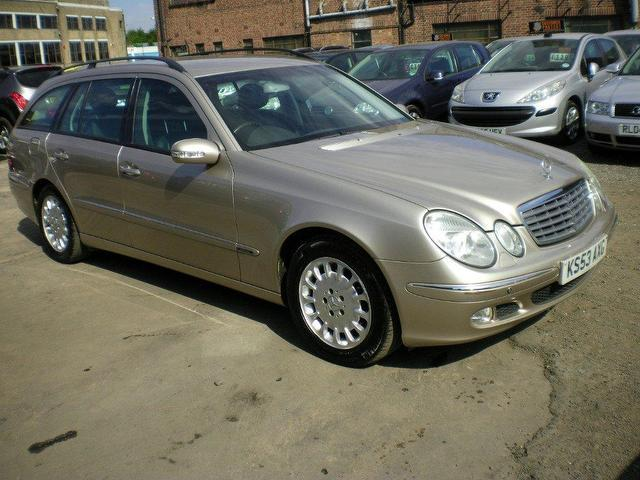Used mercedes benz 2003 diesel class e270 cdi elegance for Mercedes benz uk used