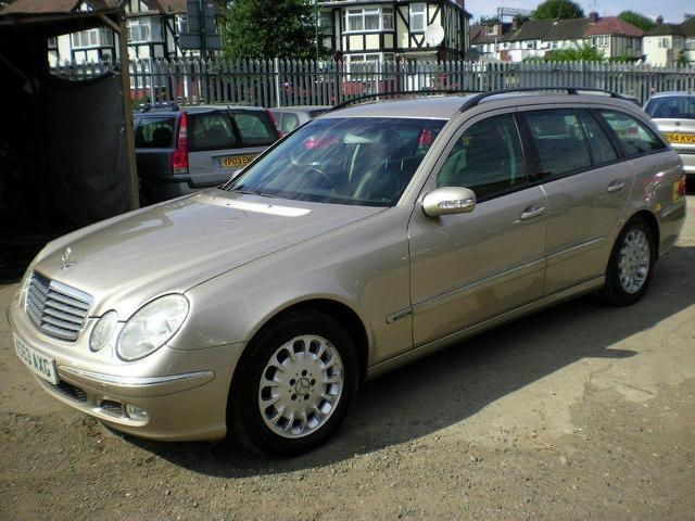 used mercedes benz 2003 diesel class e270 cdi elegance estate silver automatic for sale in. Black Bedroom Furniture Sets. Home Design Ideas