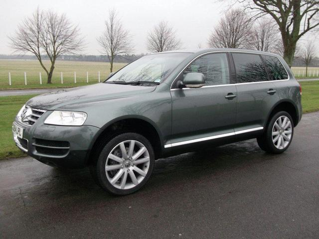 used volkswagen touareg 2004 diesel 5 0 v10 tdi 5dr 4x4. Black Bedroom Furniture Sets. Home Design Ideas