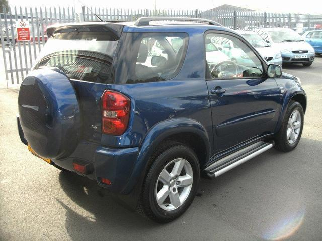 used toyota rav4 2005 petrol 2 0 xt3 3dr 4x4 blue manual for sale in oswestry uk autopazar. Black Bedroom Furniture Sets. Home Design Ideas