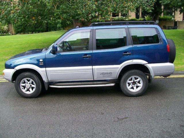 used nissan terrano 2004 diesel 2 7 tdi se touring 4x4 blue manual for sale in keynsham uk. Black Bedroom Furniture Sets. Home Design Ideas