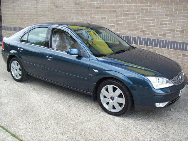 used ford mondeo 2003 blue edition petrol 2 5 ghia x 5 door hatchback for sale in norwich uk. Black Bedroom Furniture Sets. Home Design Ideas