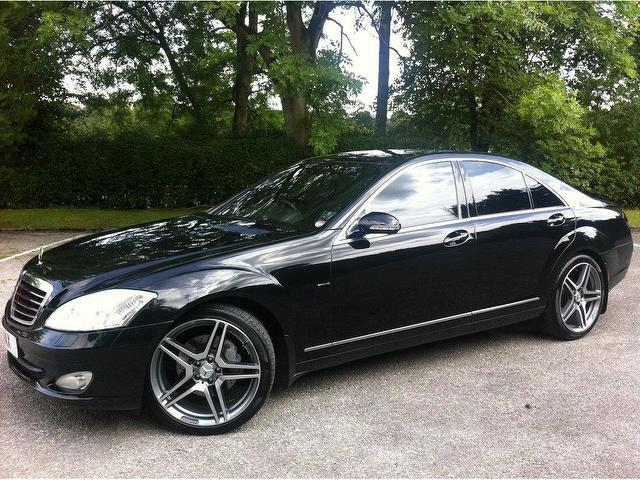 Used black mercedes benz 2006 diesel class s320 cdi 4dr for Used mercedes benz diesel for sale