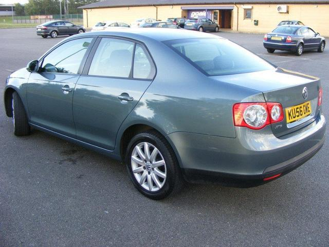 used volkswagen jetta 2006 diesel 1 9 s tdi pd saloon grey manual for sale in wembley uk autopazar. Black Bedroom Furniture Sets. Home Design Ideas