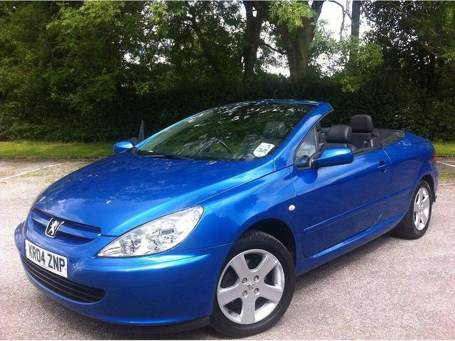 used peugeot 307 2004 petrol 2 0 2dr convertible blue manual for sale in stoke on trent uk. Black Bedroom Furniture Sets. Home Design Ideas