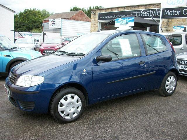 used fiat punto 2004 petrol 1 2 active 3dr hatchback blue manual for sale in wakefield uk. Black Bedroom Furniture Sets. Home Design Ideas