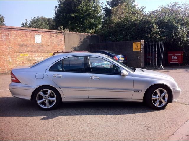 used mercedes benz saloon mercedes benz c class c180k avantgarde se. Cars Review. Best American Auto & Cars Review