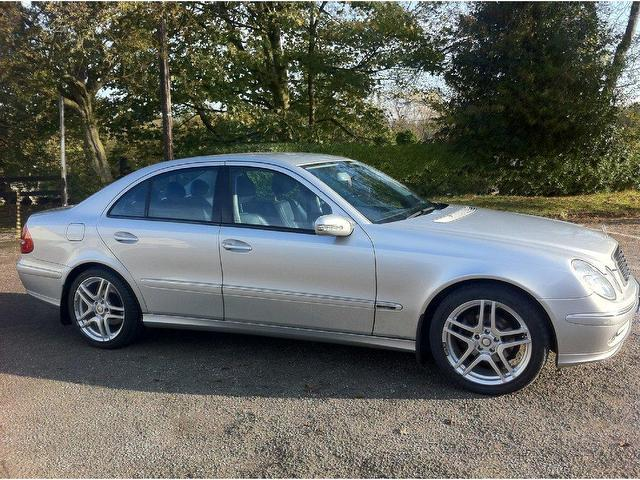 used mercedes benz 2006 diesel class e320 cdi avantgarde saloon silver edition for sale in stoke. Black Bedroom Furniture Sets. Home Design Ideas