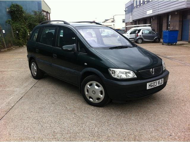 used vauxhall zafira 2003 model comfort 5dr petrol estate green for sale in brentford uk. Black Bedroom Furniture Sets. Home Design Ideas