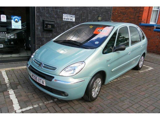 used citroen xsara 2005 green edition diesel picasso 1 6. Black Bedroom Furniture Sets. Home Design Ideas