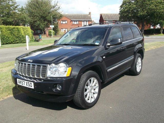 used jeep grand 2007 model cherokee 3 0 crd overland diesel 4x4 black for sale in newmarket uk. Black Bedroom Furniture Sets. Home Design Ideas