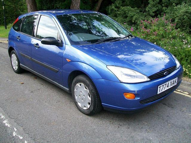 used ford focus 2003 petrol 1 8 lx 5dr hatchback blue with. Black Bedroom Furniture Sets. Home Design Ideas
