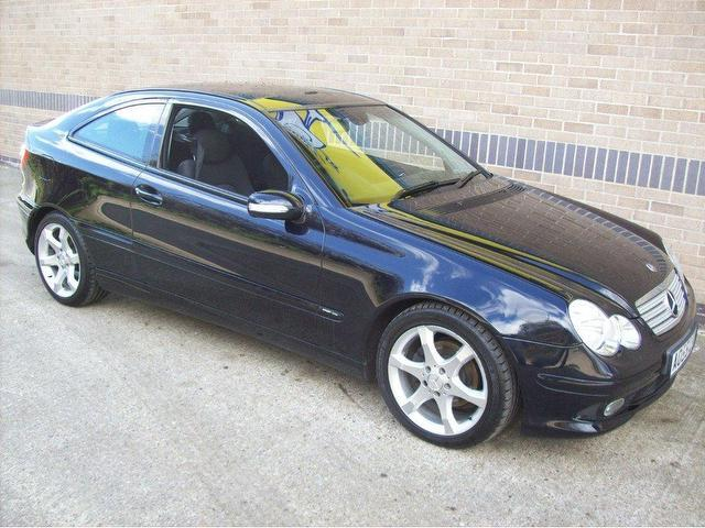 Used 2005 mercedes benz coupe class c220 cdi sport diesel for Used 2005 mercedes benz