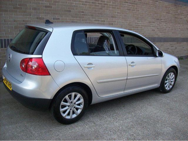used volkswagen golf 2008 diesel 1 9 match tdi 5dr hatchback silver edition for sale in norwich. Black Bedroom Furniture Sets. Home Design Ideas
