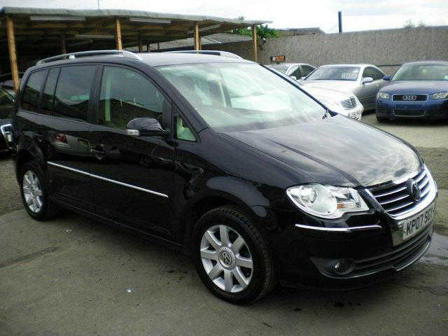 used volkswagen touran 2007 black colour diesel 2 0 tdi sport 5 doorone estate for sale in. Black Bedroom Furniture Sets. Home Design Ideas