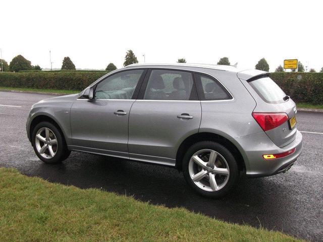 used grey audi q5 2010 diesel 2 0 tdi quattro s 4x4 in good condition for sale autopazar. Black Bedroom Furniture Sets. Home Design Ideas
