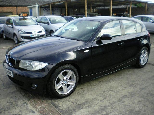 used 2005 bmw 1 series hatchback black edition 120d sport 5dr diesel for sale in wembley uk. Black Bedroom Furniture Sets. Home Design Ideas