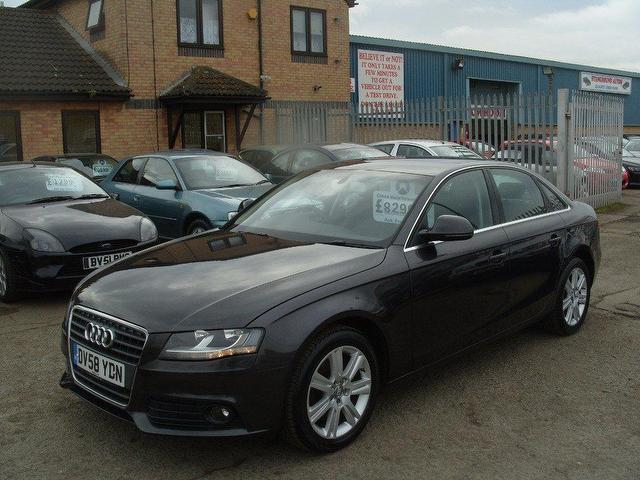 Used Grey Audi A4 2009 Petrol 1 8t Fsi Se 4dr Saloon In