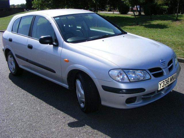 used nissan almera 2001 silver hatchback petrol automatic for sale