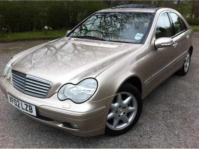 Used mercedes benz 2002 model class c240 elegance 4dr for Mercedes benz 2002 c240 price