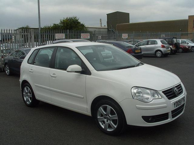 used volkswagen polo 2009 diesel 1 4 match tdi 70 hatchback white edition for sale in fengate uk. Black Bedroom Furniture Sets. Home Design Ideas