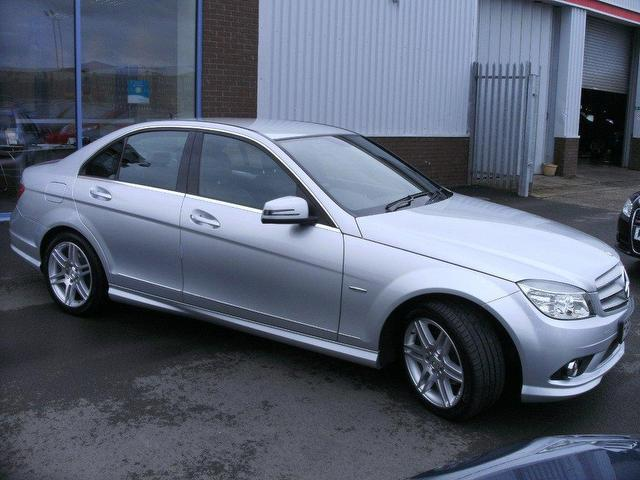 Used mercedes benz 2009 petrol class c180k blueefficiency for Mercedes benz uk used