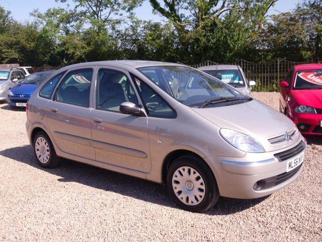 used citroen xsara car 2006 silver petrol picasso 16v. Black Bedroom Furniture Sets. Home Design Ideas