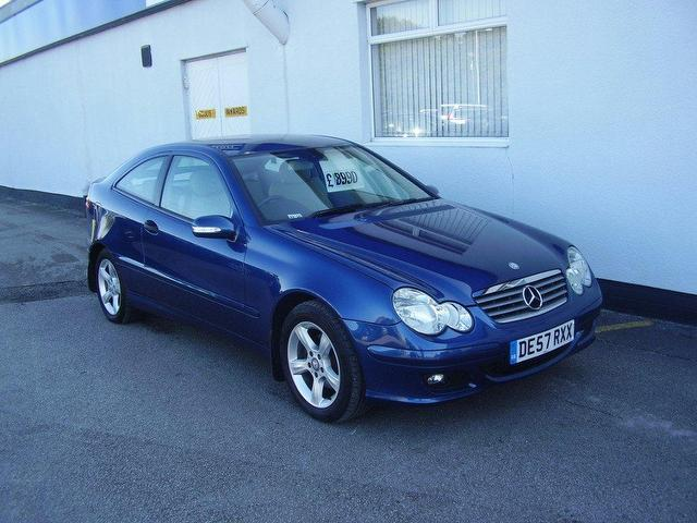 Used mercedes benz 2007 diesel class c220 cdi se coupe for Used mercedes benz diesel for sale