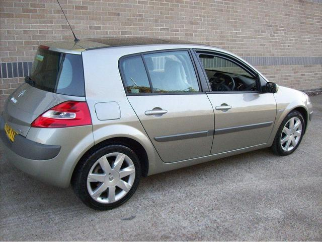 used renault megane 2008 diesel 2 0 dci 150 dynamique hatchback grey edition for sale in norwich. Black Bedroom Furniture Sets. Home Design Ideas