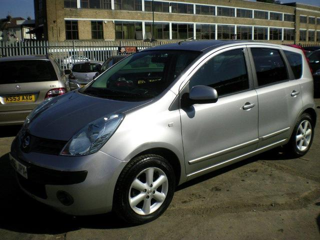used nissan note 2006 petrol 1 4 se 5dr hatchback silver. Black Bedroom Furniture Sets. Home Design Ideas