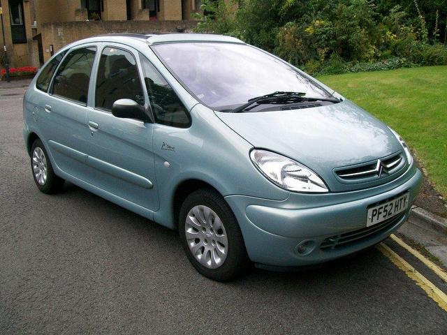 used green citroen xsara 2003 diesel picasso 2 0 hdi. Black Bedroom Furniture Sets. Home Design Ideas