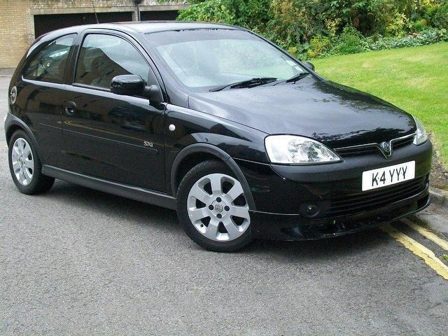 used vauxhall corsa 2001 petrol 16v sxi 3dr hatchback. Black Bedroom Furniture Sets. Home Design Ideas