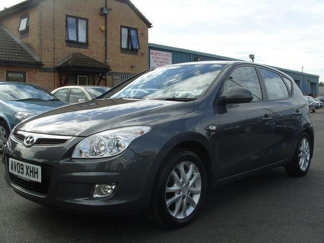 used hyundai i30 2009 model 1 6 crdi style 5dr diesel. Black Bedroom Furniture Sets. Home Design Ideas