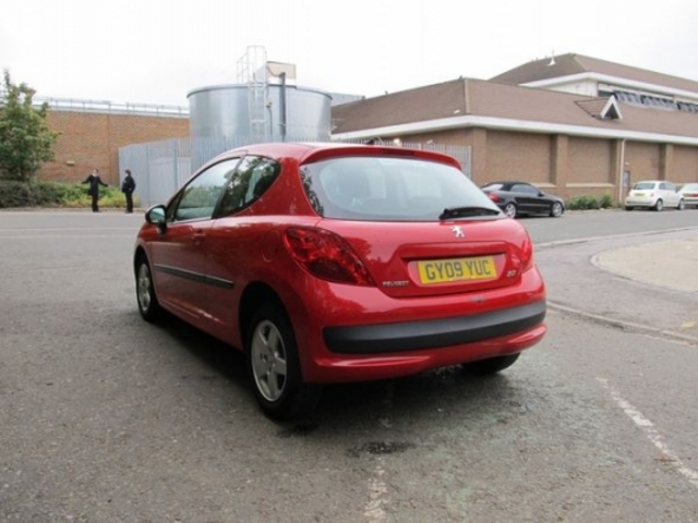used peugeot 207 2009 petrol red with central locking for. Black Bedroom Furniture Sets. Home Design Ideas