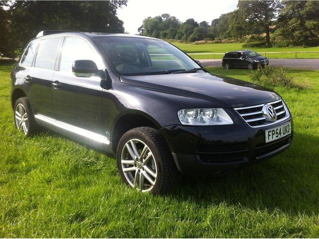 used volkswagen touareg 2004 black colour diesel 2 5 tdi sport 5 door 4x4 for sale in stoke on. Black Bedroom Furniture Sets. Home Design Ideas