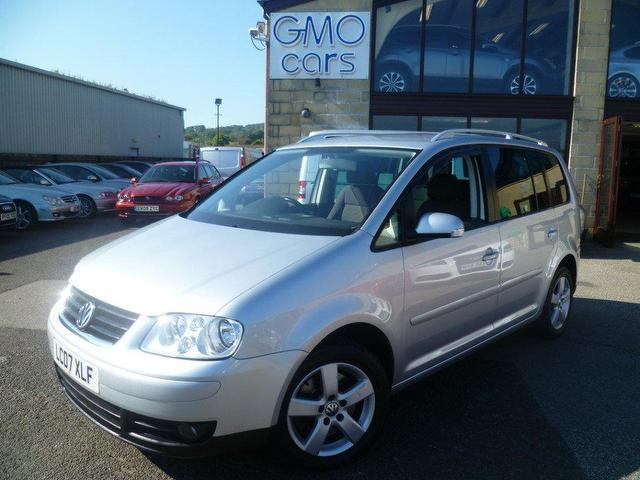 used volkswagen touran 2007 diesel 2 0 tdi pd sport estate silver edition for sale in penzance. Black Bedroom Furniture Sets. Home Design Ideas