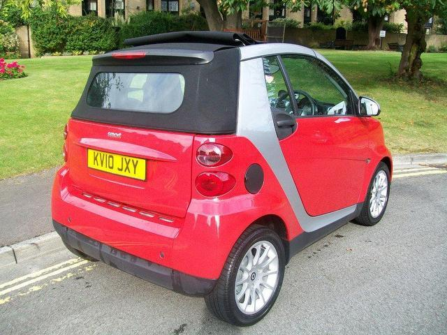 used 2010 smart fortwo convertible passion 2dr auto 84 petrol for sale in keynsham uk autopazar. Black Bedroom Furniture Sets. Home Design Ideas