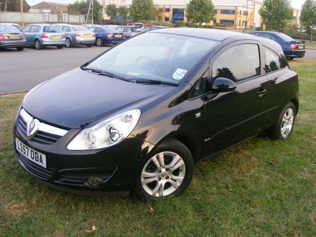 used 2007 vauxhall corsa hatchback 16v club 3dr. Black Bedroom Furniture Sets. Home Design Ideas