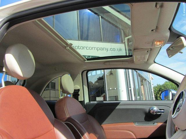 used fiat 500 2009 petrol 1 2 lounge 3dr dualogic. Black Bedroom Furniture Sets. Home Design Ideas
