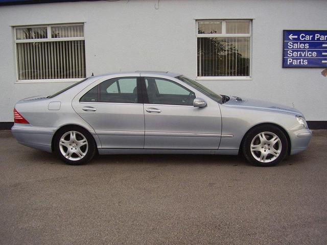 Used 2004 mercedes benz saloon blue edition class s320 cdi for Mercedes benz s320 price